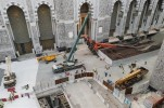 Crane Collapses in Mecca Grand Mosque